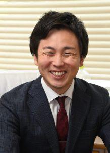 校長 柴山 翔太