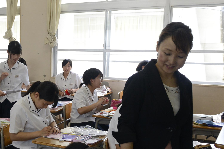 皆さんの目標を全力でサポートするユニークな先生たち。